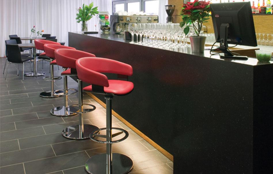 Staron Restaurants